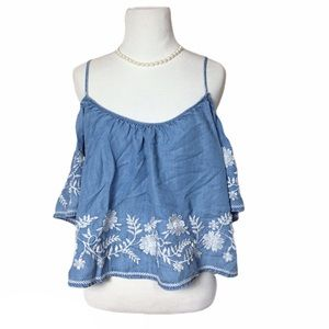 🛍4x$20 Embroidered chambray cold shoulder top Lg